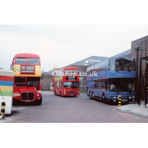 London Buses RM1664, M578 & Central Coachways 1902 at Victoria