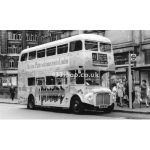 LT RM1737 at Liverpool Street