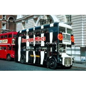 LT RM906 at Whitehall