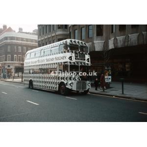 LT RML2412 at St Pancras
