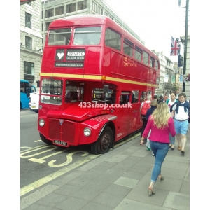 London Retro Bus Hire RM385 at Piccadilly