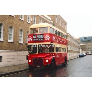 London Buses RM6 at Baker Street