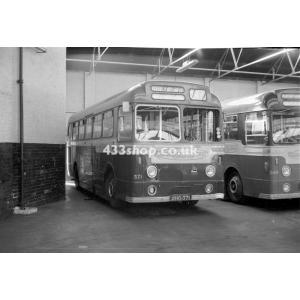Aldershot & District 371 at Guildford