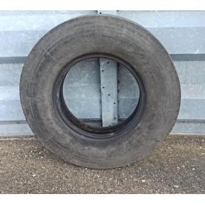 Bus/lorry tyre: 900R20