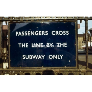 Finsbury Park subway sign sign