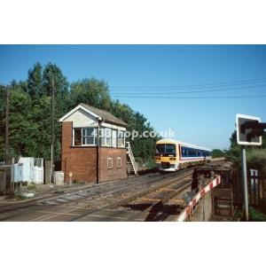 Appleford Crossing SB (165125 passing)